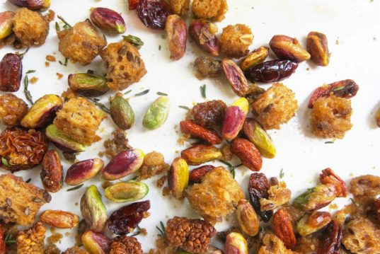 kid-friendly recipe, pistachios & mulberries stuffing, vegan recipe, gluten-free recipe, Thanksgiving side dish
