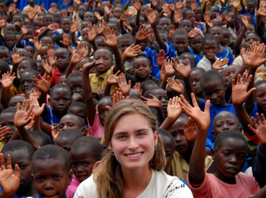 FEED Projects, Lauren Bush, Ask a Designer, fashion philanthropy, eco-friendly bags, eco-fashion, sustainable fashion, green fashion, sustainable style