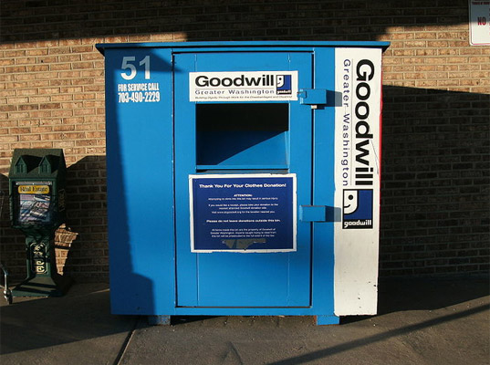 Goodwill, clothing recycling, textiles recycling, shoes recycling, eco-fashion, sustainable fashion, green fashion, sustainable style