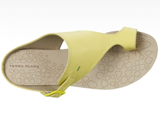 Terra Plana, eco-friendly sandals, sustainable sandals, eco-friendly slippers, sustainable slippers, eco-friendly shoes, sustainable shoes, eco-fashion, sustainable fashion, green fashion, ethical fashion, sustainable style