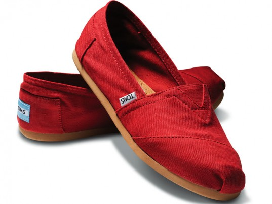 TOMS Shoes, TOMS, Blake Mycoskie, eco-friendly shoes, sustainable shoes, fashion philanthropy, eco-fashion, sustainable fashion, green fashion, ethical fashion, sustainable style