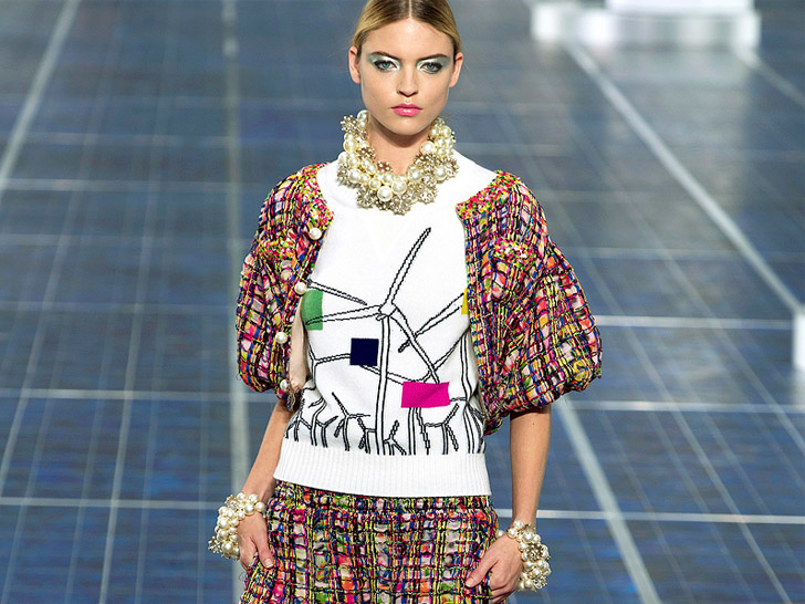 b9b9afef1b14 Chanel Lines Runway With Wind Turbines, Solar Panels at Spring 2013 Paris  Fashion Week   Ecouterre