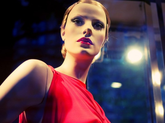 EyeSee, Almax, mannequins, eco-fashion, sustainable fashion, green fashion, ethical fashion, sustainable style, wearable technology