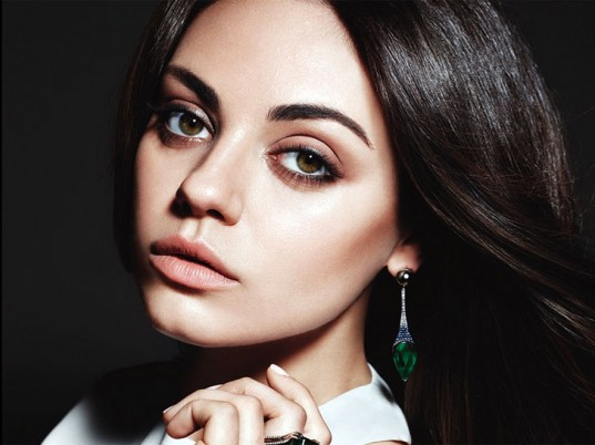Mila Kunis, Gemfields, eco-friendly jewelry, sustainable jewelry, eco-friendly gemstones, sustainable gemstones, ethical gemstones, emeralds, eco-fashion, sustainable fashion, green fashion, ethical fashion, sustainable style, Zambia, eco-celebs, eco-friendly celebrities, green celebrities, sustainable celebrities