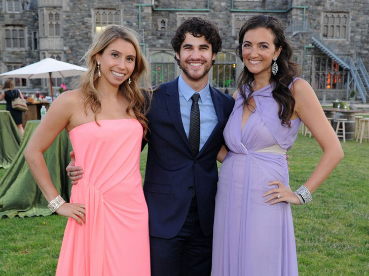 Rent The Runway Throws Dream Prom For Hurricane Sandy Ravaged High