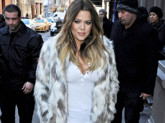 Khloe Kardashian, Kim Kardashian, animal cruelty, faux fur, animal fur, animal cruelty, animal welfare, eco-fashion, sustainable fashion, green fashion, ethical fashion, sustainable style, eco-celebs, eco-friendly celebrities, sustainable celebrities