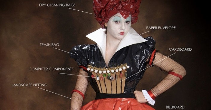 """Lose Your Head Over This Recycled """"Queen of Hearts"""" Costume"""