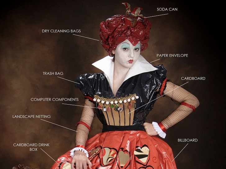 Lose your head over this recycled queen of hearts costume ecouterre diy eco fashion solutioingenieria Image collections