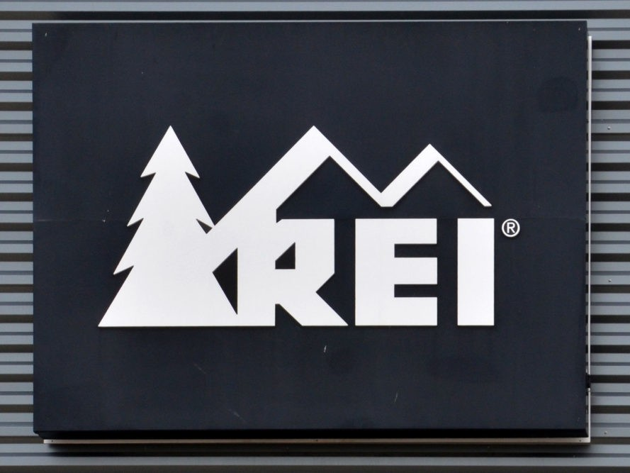 rei wants its employees to optoutside on black friday ecouterre. Black Bedroom Furniture Sets. Home Design Ideas