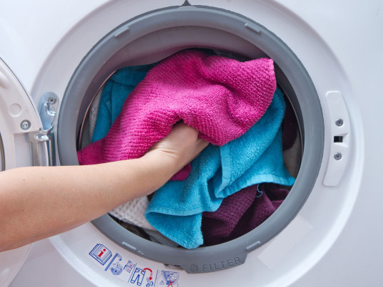 washing machines, toxic pollution, toxic chemicals, eco-fashion, sustainable fashion, green fashion, ethical fashion, sustainable style, organic cotton, University of Stockholm, Giovanna Luongo, polyester
