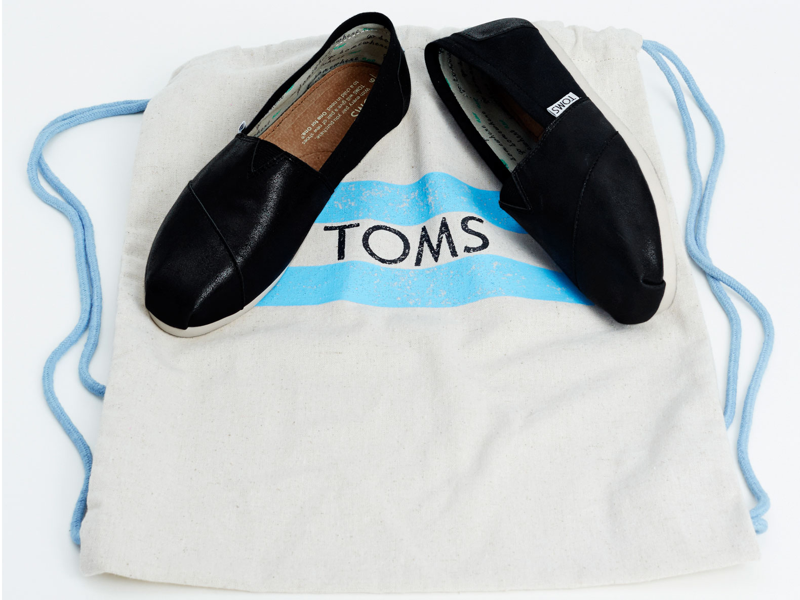 Peta Gives Toms Compassionate Business Award
