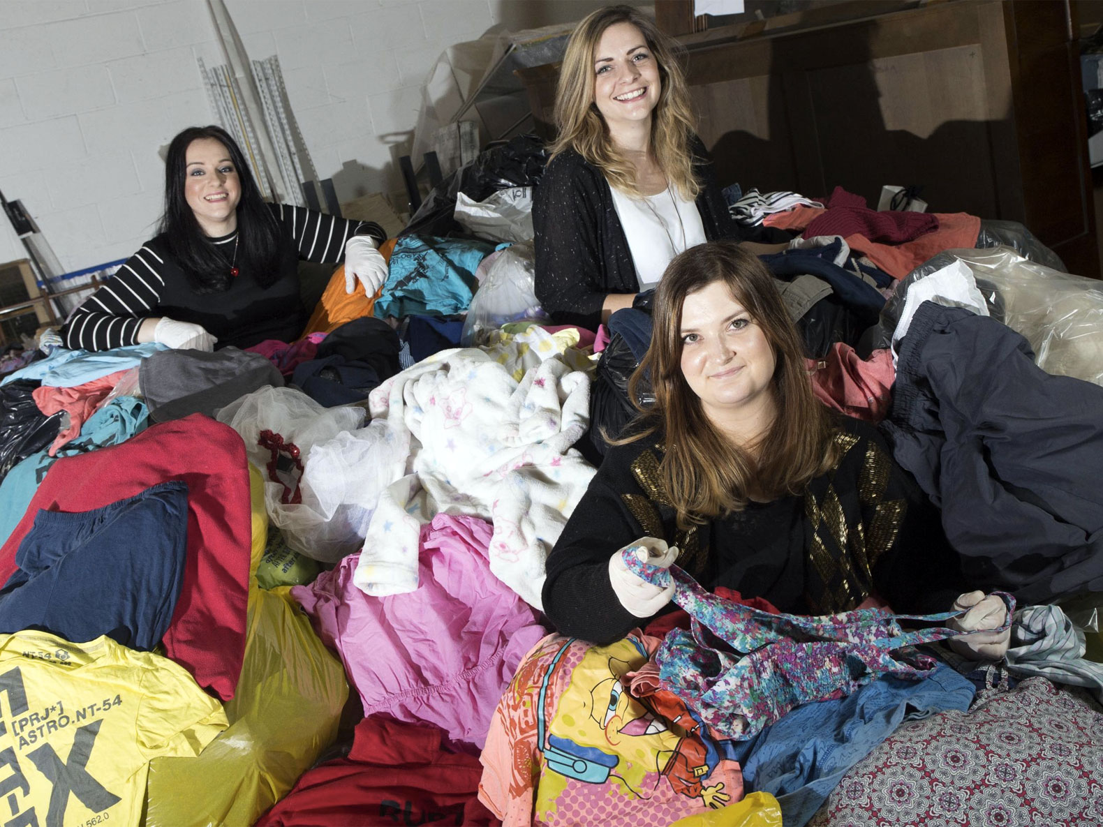 Scottish Designers Turn Thrift-Store Rags Into Couture Riches 2291b1885540b