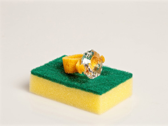 Lucie Davis, Swarovski, Central Saint Martins, eco-fashion, sustainable fashion, green fashion, ethical fashion, sustainable style, eco-friendly rings, sustainable rings, sponges, recycled jewelry, upcycled jewelry, recycled fashion, upcycled fashion